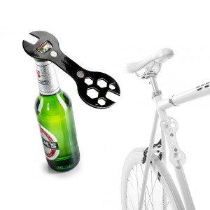 2 in 1: fietssleutel en flessenopener