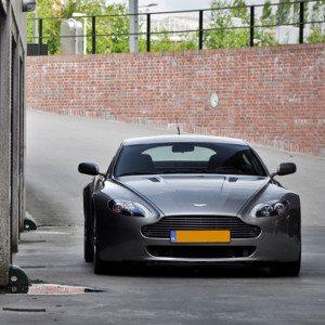 Aston Martin rijden in Brussel