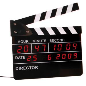 Filmklapper wekker met digitale klok