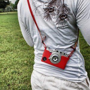 Gizmon Retro - draagtas voor iPhone 4/4S
