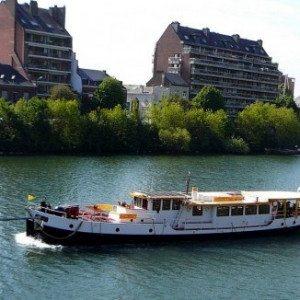 Overnachting voor 2 op een luxe ***** Hotel Yacht - Maastricht