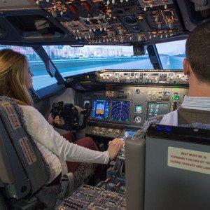 Pilotage d'un simulateur de Boeing 737  ext.